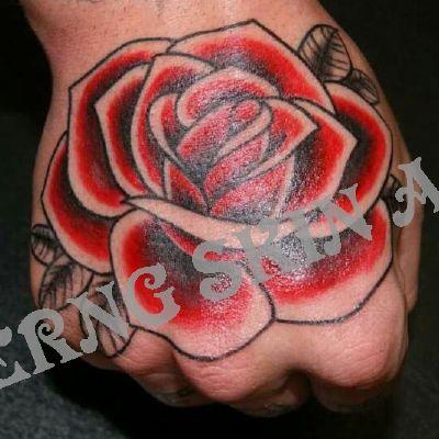 手背花纹身款式图
