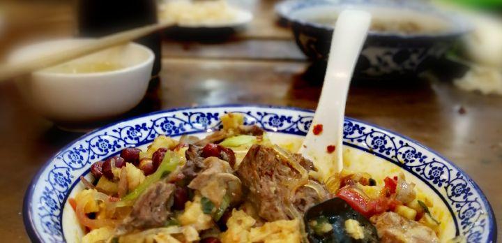 西安小吃羊肉泡馍