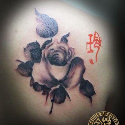 水墨玫瑰纹身款式图