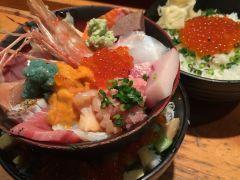 Bar 河岸 頭 刺身 築地でイチオシ!「刺身BAR 河岸頭」生しらす丼が唯一ある海鮮丼店