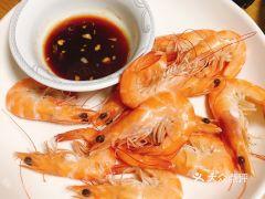 威皇广福和小海鲜的白灼虾