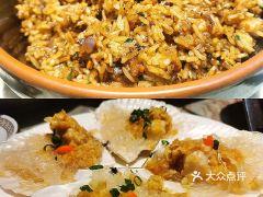 夏氏砂锅(万松园店)的酱油炒饭