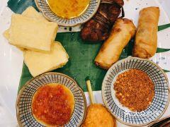 火燒雲傣家菜(藍色港灣店)的炸物拼盤