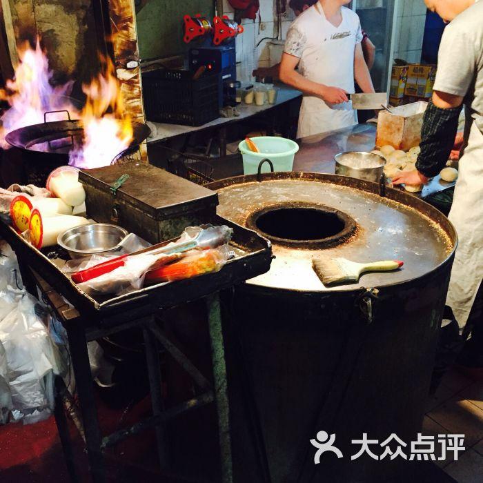 阿文夜市豆浆油条店图片 - 第2张