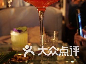 M Bar酒吧