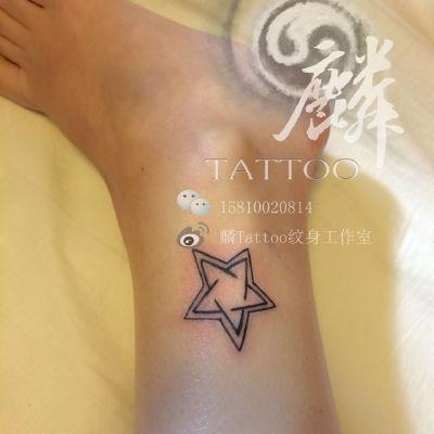 脚踝星星纹身款式图