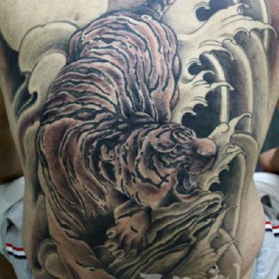 印象刺青-满背虎2纹身款式图